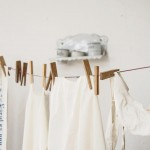 洗濯物の生乾きの臭いにはファブリーズ?臭いの原因と防ぐ方法をご紹介。