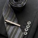礼服のネクタイの結び方は? ネクタイのマナーや注意することは?
